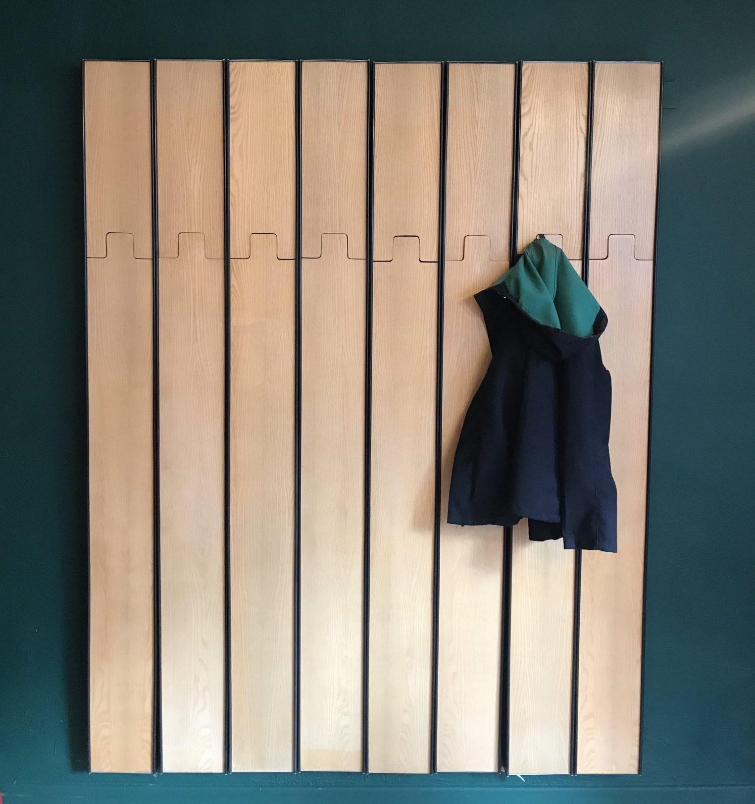 Bertoncini coat hanger