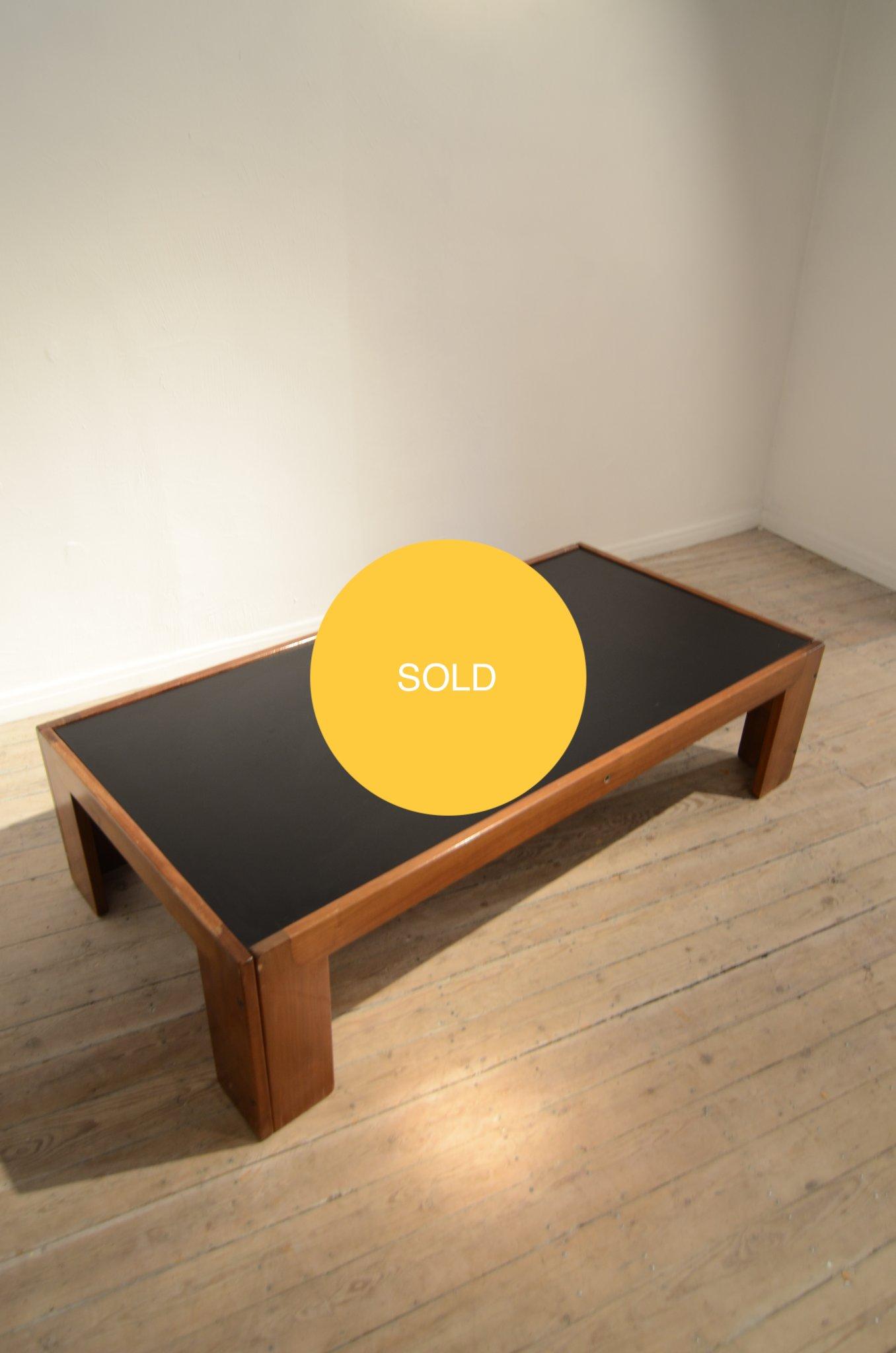 Scarpa coffee table