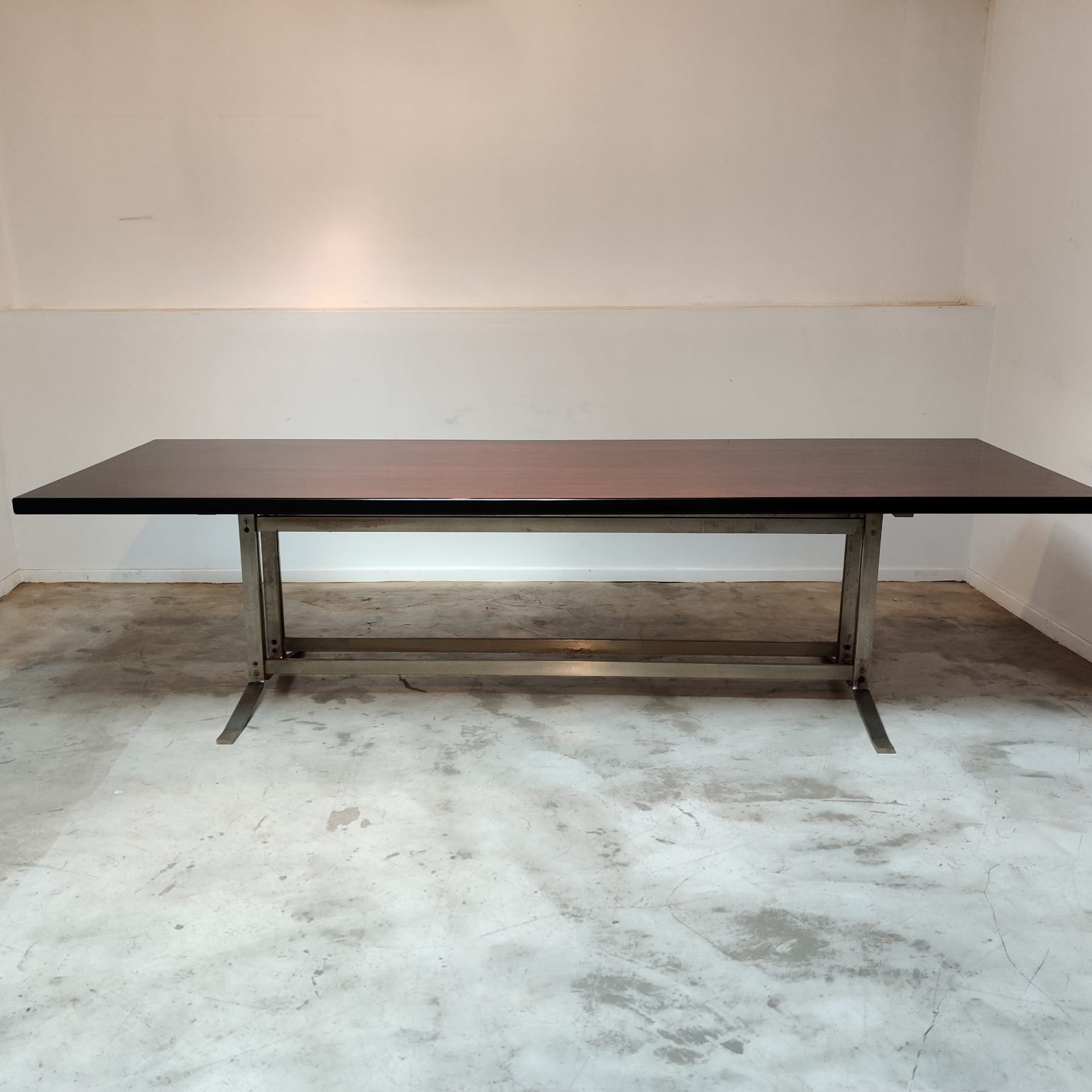 Very large Formanova dining table