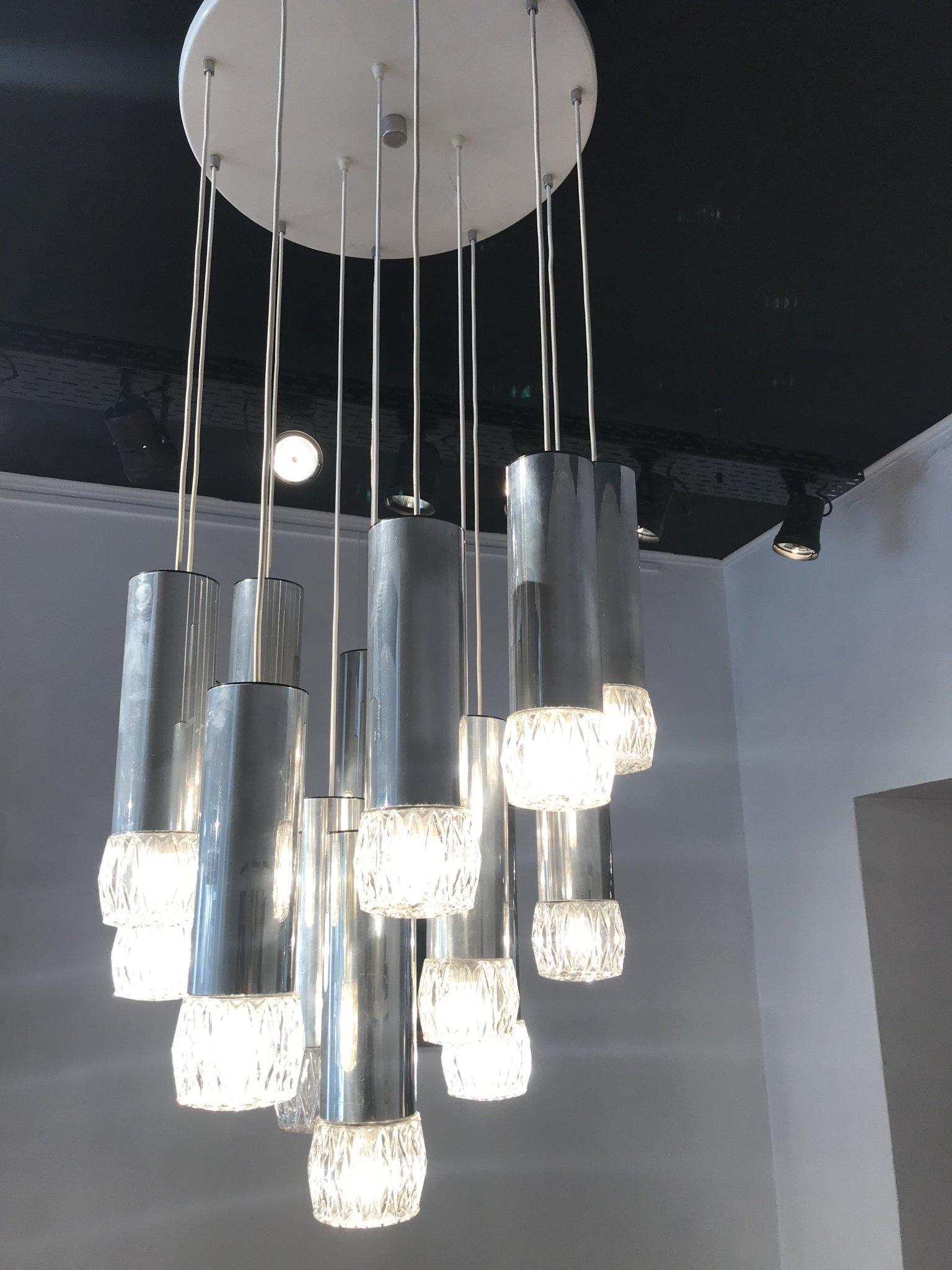 Big cascade chromed ceiling lamp