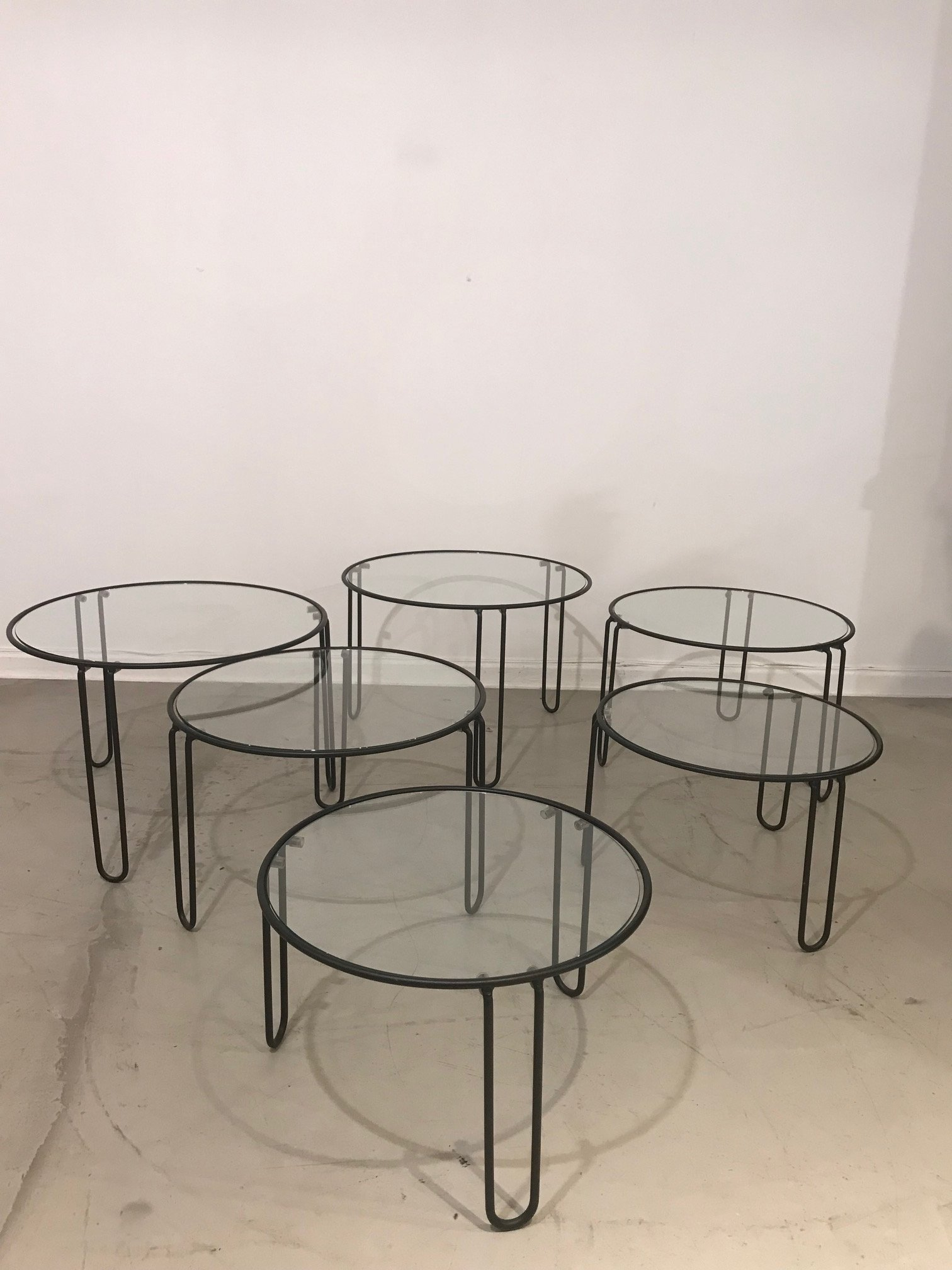 Set of 6 round glass coffee tables
