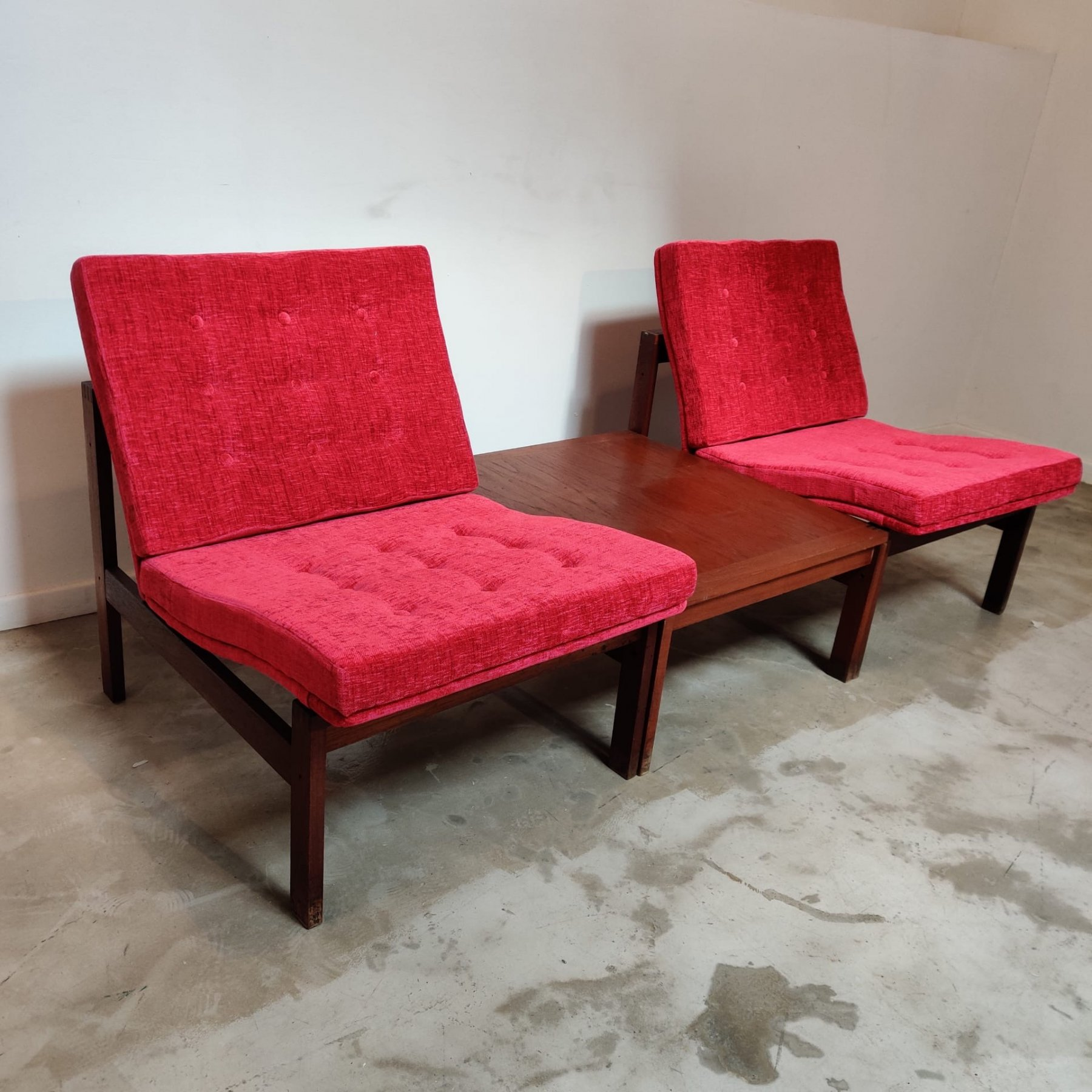 Two seaters bench