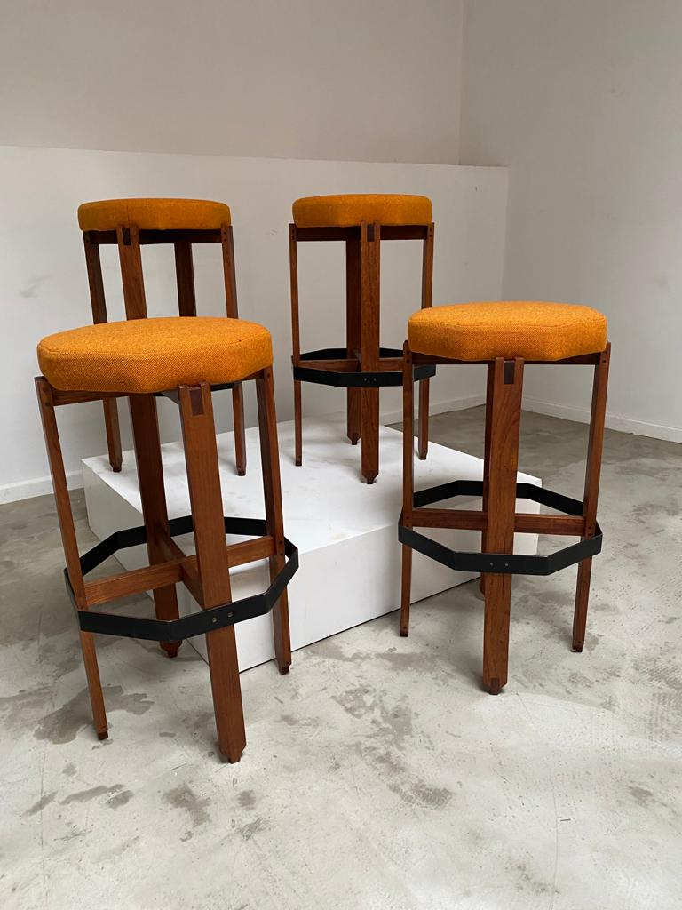 Set of 4 Italian bar stools